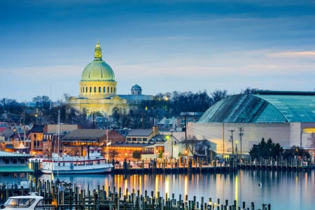 Town skyline of Annapolis, Maryland at Chesapeake Bay with the United States Naval Academy Chapel dome.